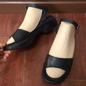 Dansko 39 black clog sandals ankle strap comfort